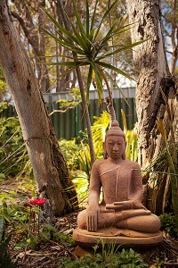 YHH Garden Buddha